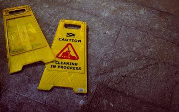 -cleaning sign caution