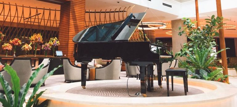 Our piano movers Los Angeles have countless experiences with relocating pianos.