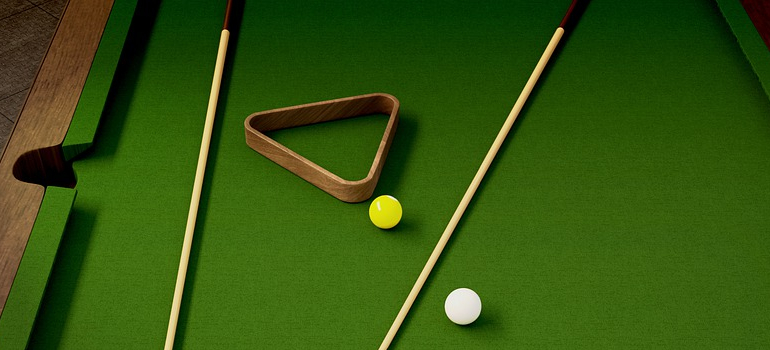 an image of a pool table