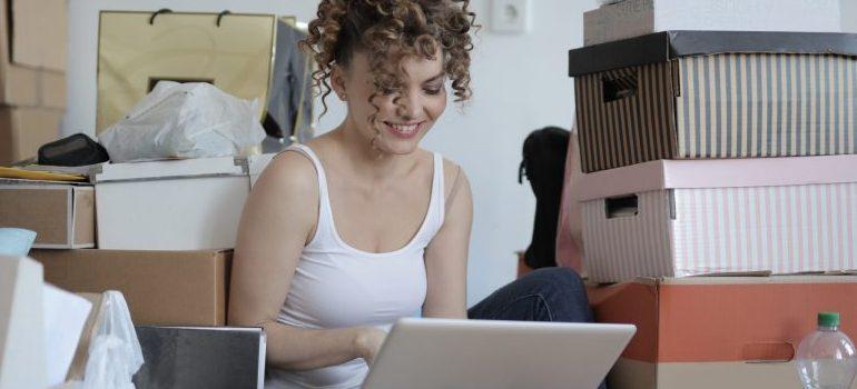 female-laptop