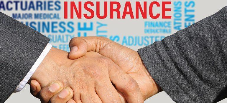 insurance-handshake