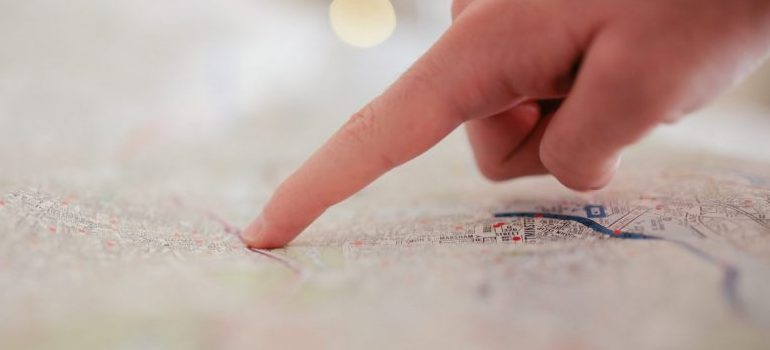 map-pointing at one spot