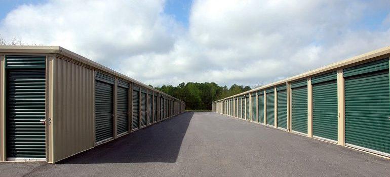 A storage facility with storage units