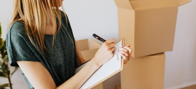 moving abroad while pregnant requires writing lists